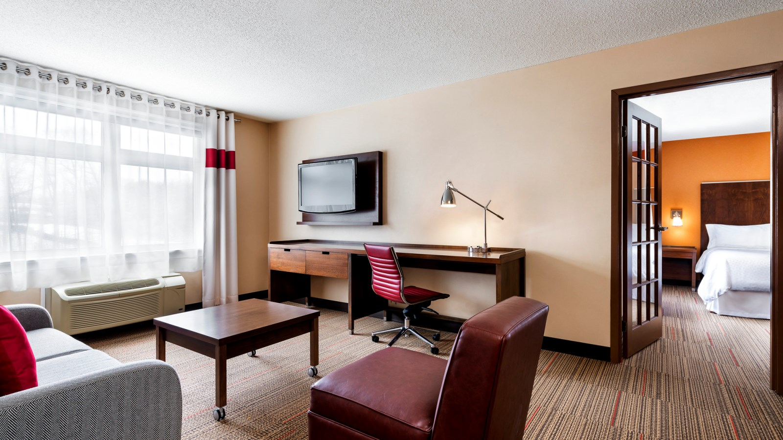 Barrie Accommodations - Suite